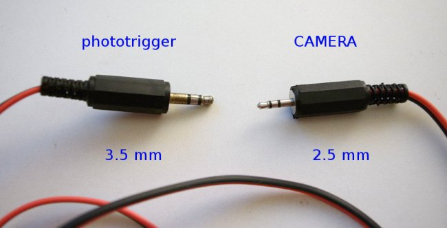 phototrigger to camera connector
